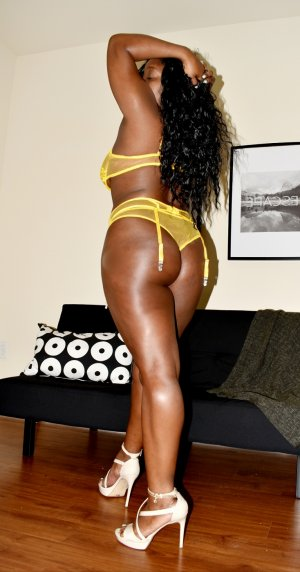 Leiya escort in Battle Creek MI
